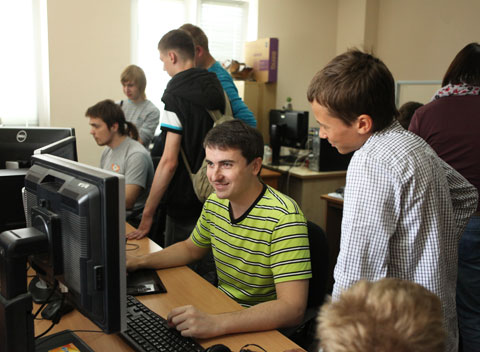 PARK.BY - News&Events - The Creators of the 3D Model of Slonim Visited HTP